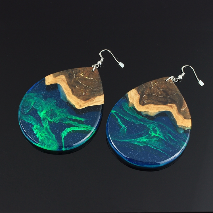 Extra large Aurora earrings - nofilter - woodallgood | ello