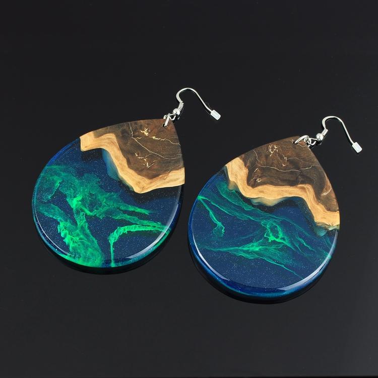 Extra large Aurora earrings - nofilter - woodallgood | ello