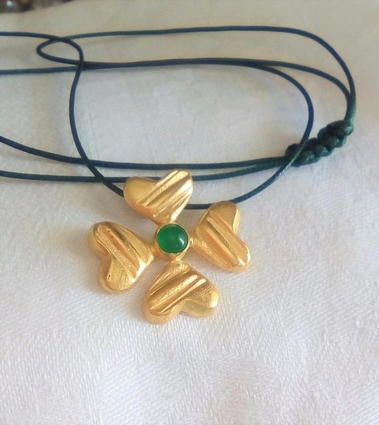 lucky charm!!! leaf clover hear - stellasjewelryart | ello