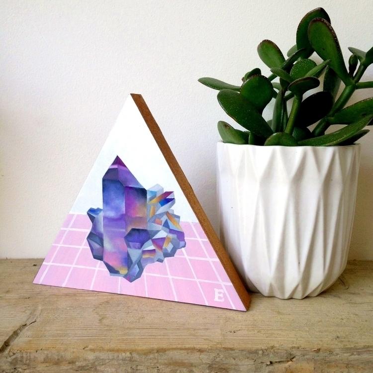 Gems oil triangular wooden bloc - emmamount | ello
