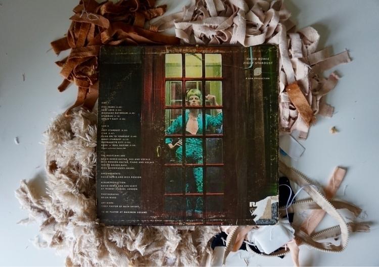 Ziggy Stardust Record, relation - katrinamjcraig | ello