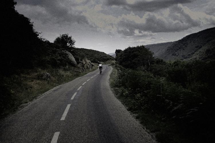 Riding Gerd , Gard, Lozère - Cévennes - gekopaca   ello