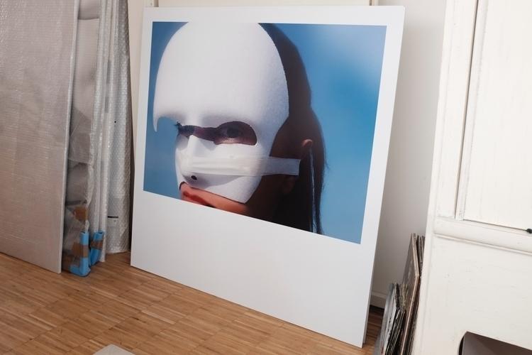 Exhibition - Esther Vörösmarty  - esthervoeroesmarty   ello