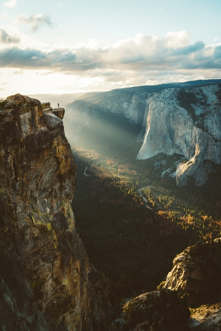 Taft Point Rob Wilson. Shortlis - robwsixsixsix | ello