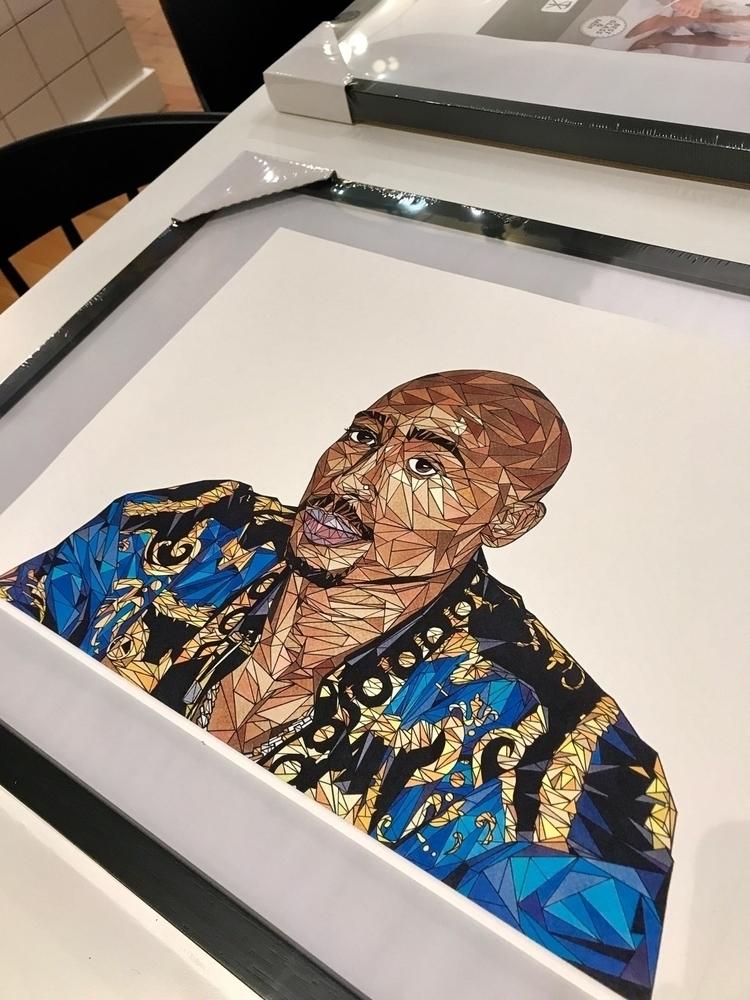 • Illustration Portrait Tupac S - roeliob_illustrator | ello