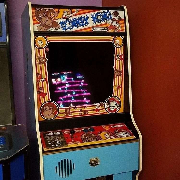 Donkey Kong game - arcade - 8bitcentral   ello