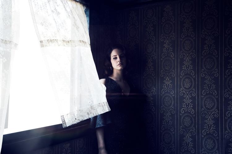 Lana Del Rey, Hollywood, 2017 - tsaccenti | ello