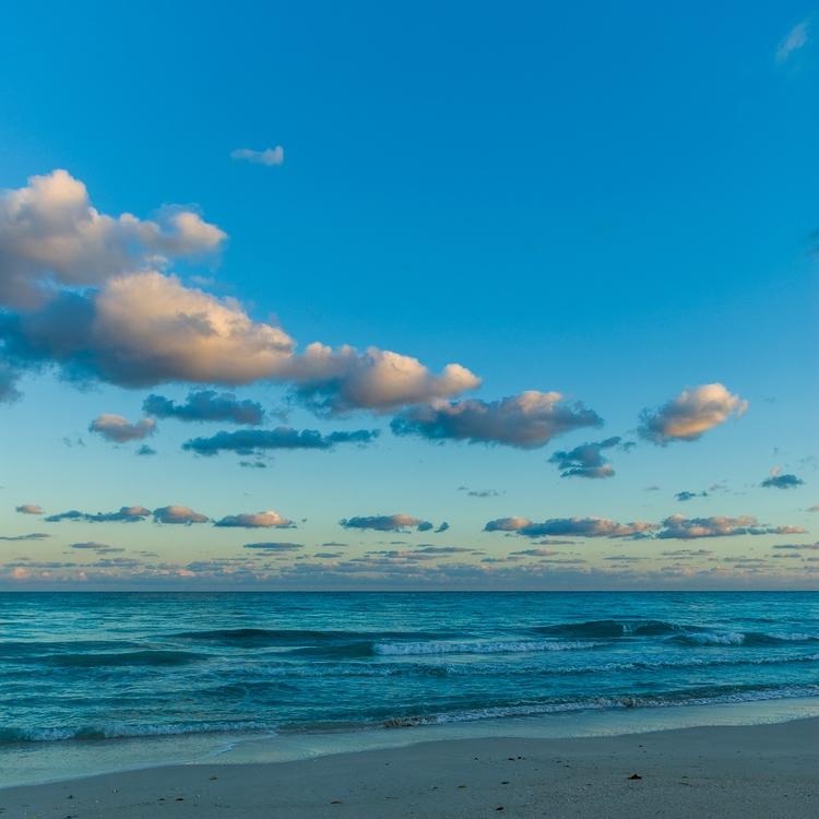 caribic blue sunset - Cuba - christofkessemeier   ello