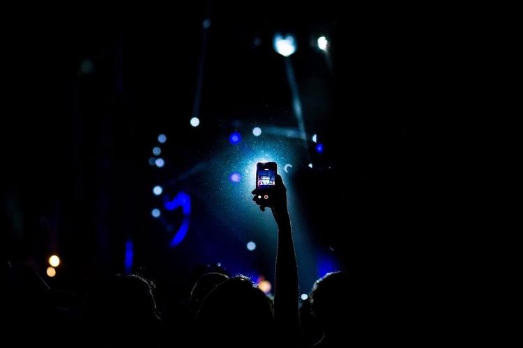 selfie girl disgusts pretty liv - aldentan | ello