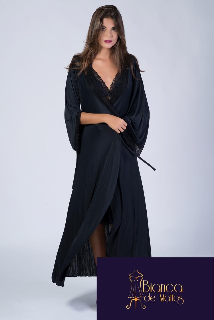 Black Robe. Bianca de Mattos. $ - sriethmueller | ello