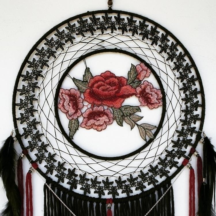 dares grasp thorn, create rose  - auragon | ello