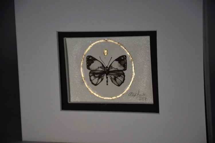 sweet tiny butterfly sale websi - alexakarabin | ello
