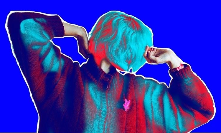 ElectricBlue Selfportrait - lightmaniac | ello
