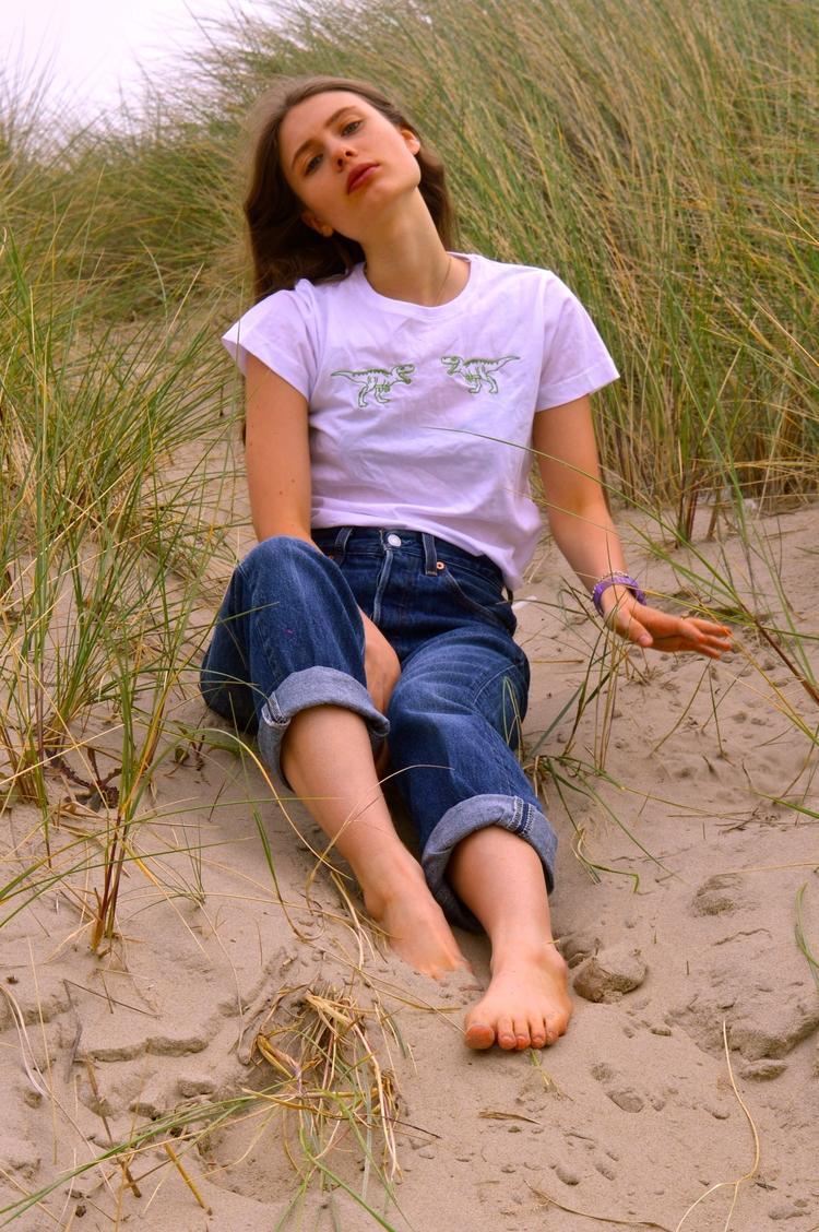 Summer SHIRT MODEL - modeling, photoshoot - augustbay | ello
