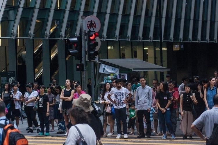 Hong Kong. Ladies' Nightmarket  - junwooson | ello