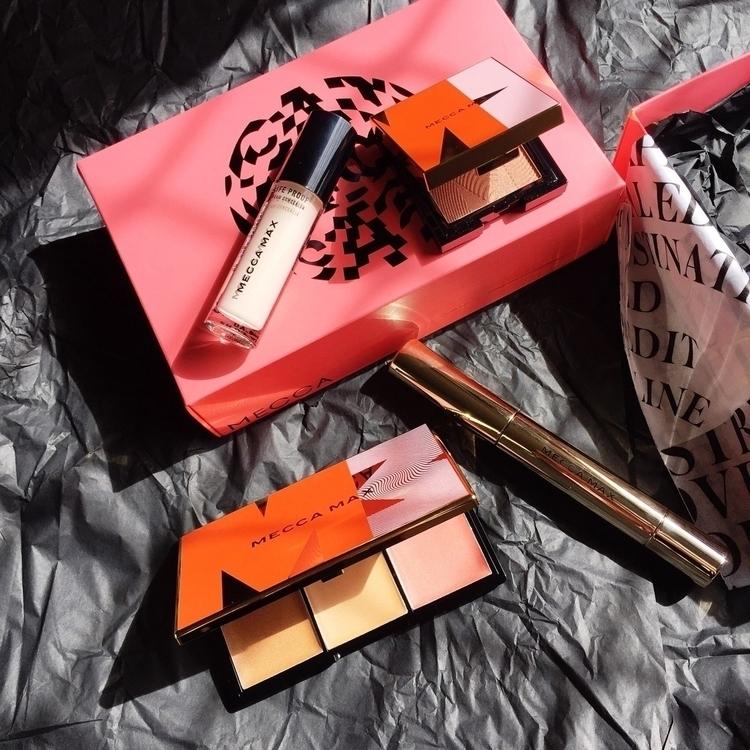 Mecca max - beautyblogger, bblogger - itscassandralee | ello