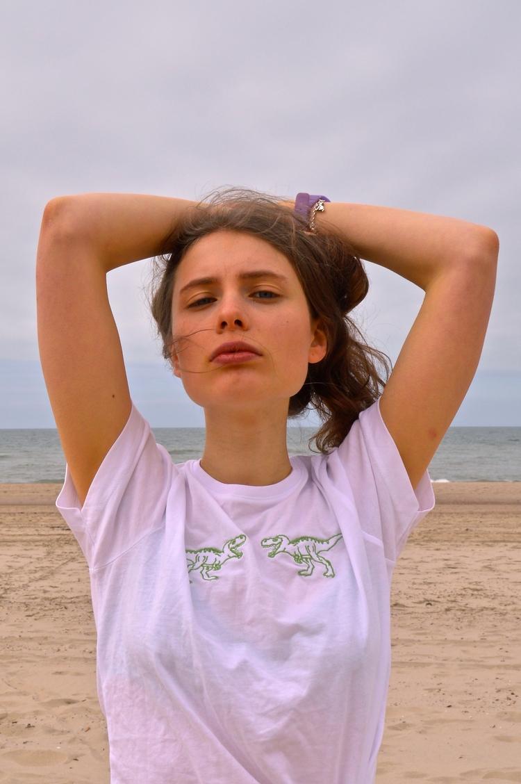 SHIRT MODEL - beachpls, dunes, model - augustbay | ello