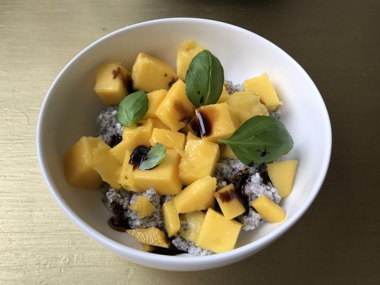 Chia-Pudding mit Obst - beabeste | ello
