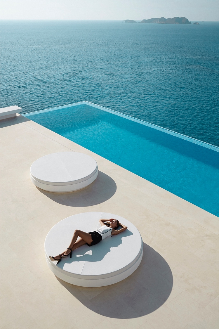 Weekend pool? Vela Daybed VONDO - 5style | ello