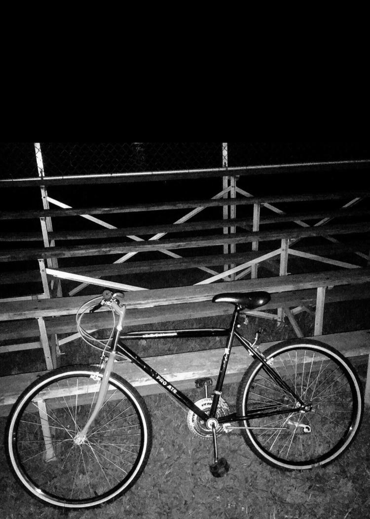 Ready ride - Gray, black, white - boymbe | ello