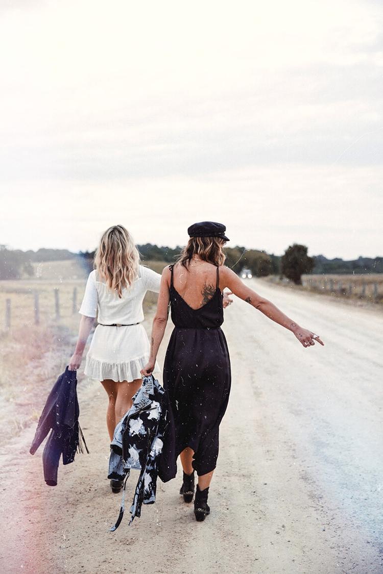 Friends summer - actyon | ello