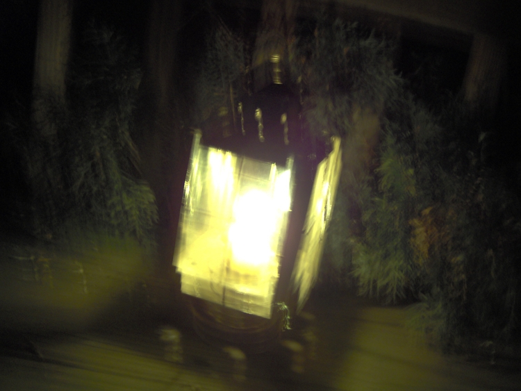 loved lanterns. unused stills V - visioneternel | ello