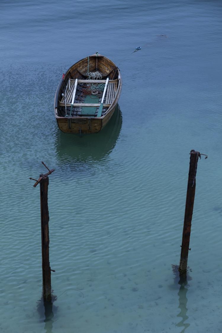 Anchored - photography, norway, lofoten - anttitassberg | ello