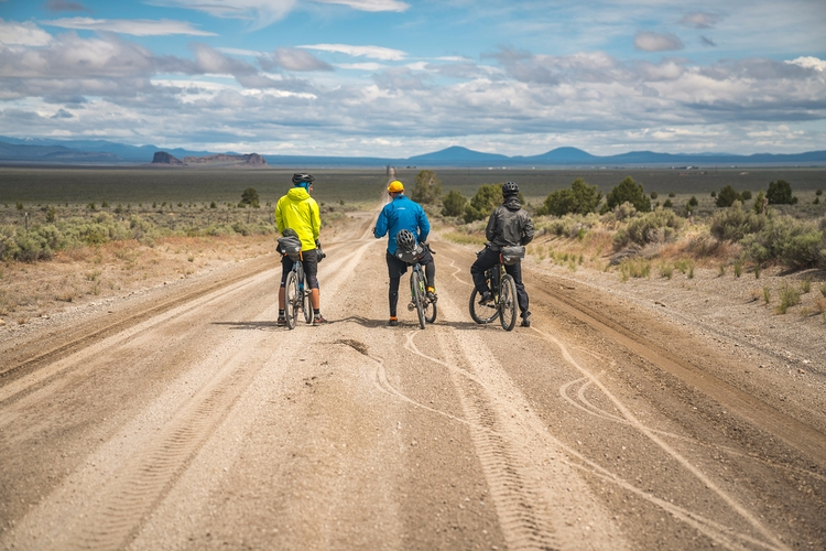 364 miles, 6 days, 4 dudes, lot - fieldmag | ello