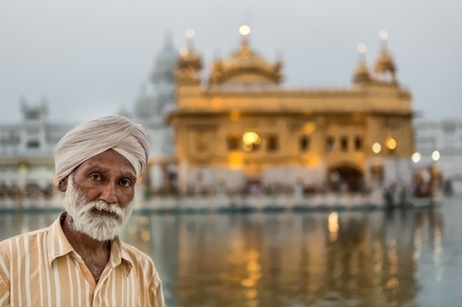 Visitor Golden Temple Amritsar  - surfdogs88 | ello
