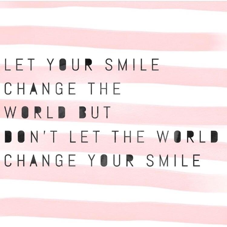 smile shine! :sunny:️ wearing L - briannasbeautybox   ello
