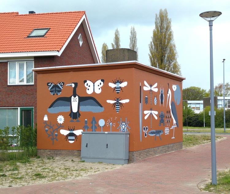 Mural depicting local flora fau - chrisversteeg   ello