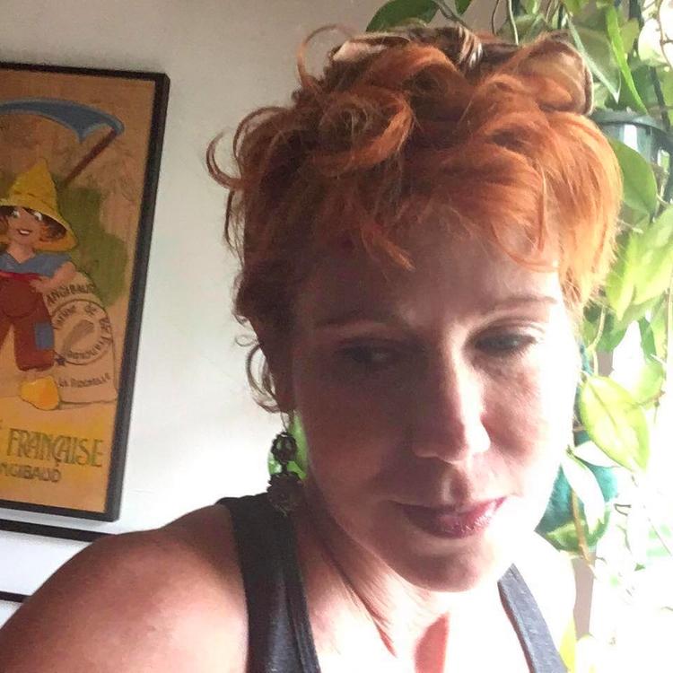 sexy redheaded slut loves show  - largep   ello