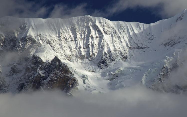 Dreamy July snowfall Alaska Ran - lwpetersen | ello