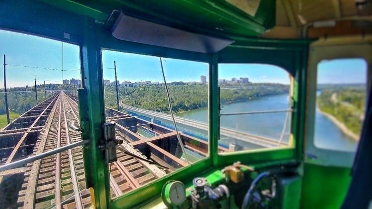 Edmonton streetcar - revdoddy | ello