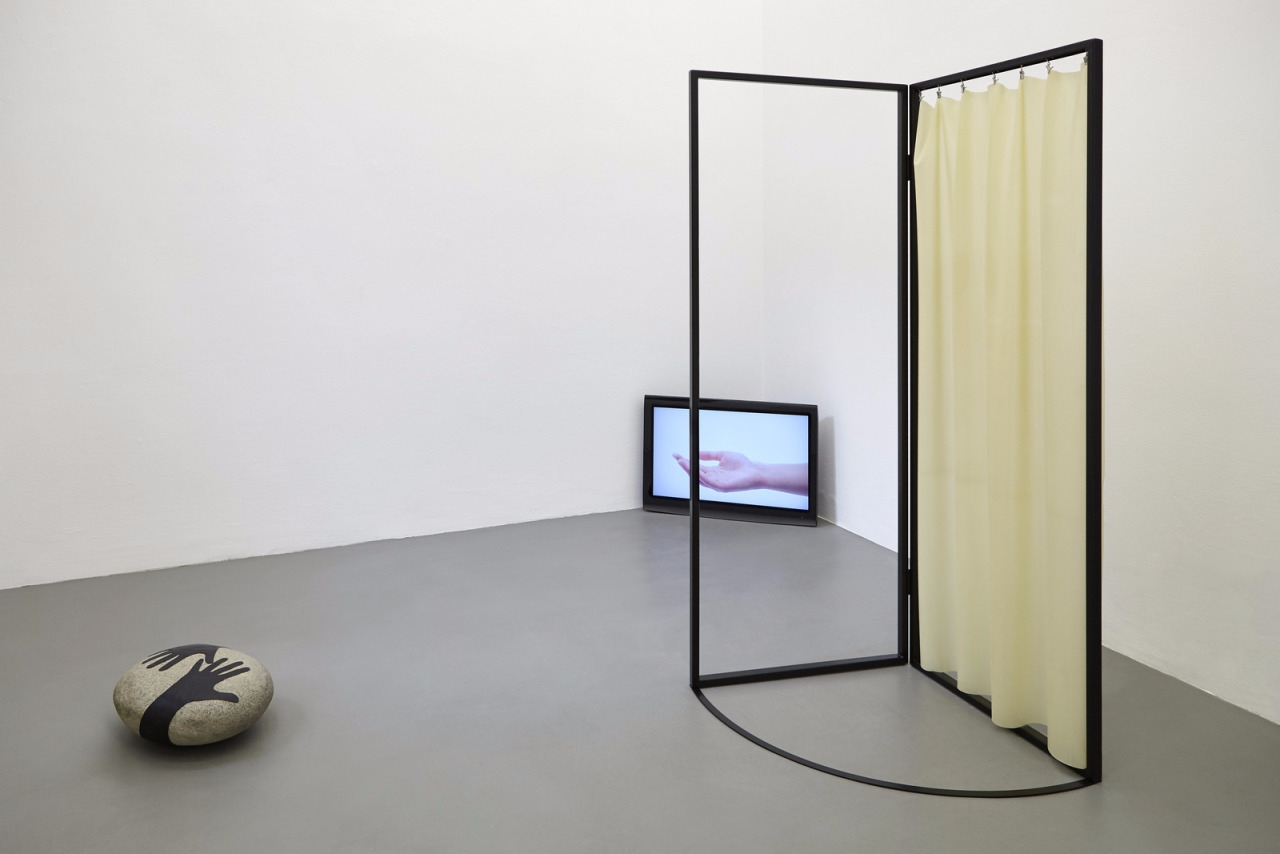 Nona Inescu - installation, sculpture - modernism_is_crap | ello