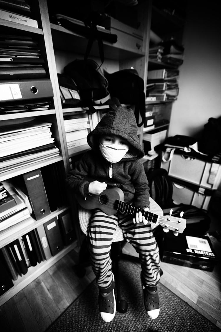 ukulele, kid, music - lorseau | ello