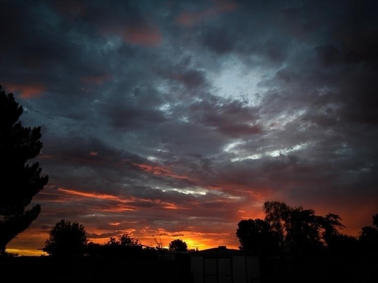 Monsoon Sunrise - sunrise, iphoneonly - raymondvestal   ello