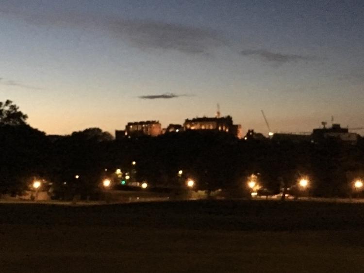Edinburgh Castle great castle a - geekstewie | ello