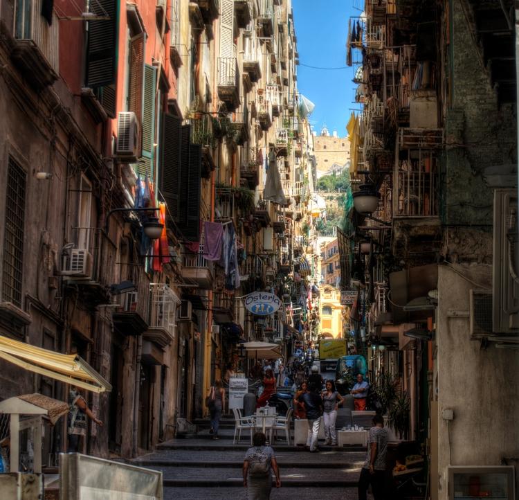 Street Naples - Italy maze narr - neilhoward   ello