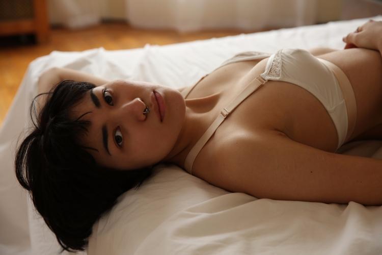 Kianu - pierced, septum, boudoir - turnbuckle   ello