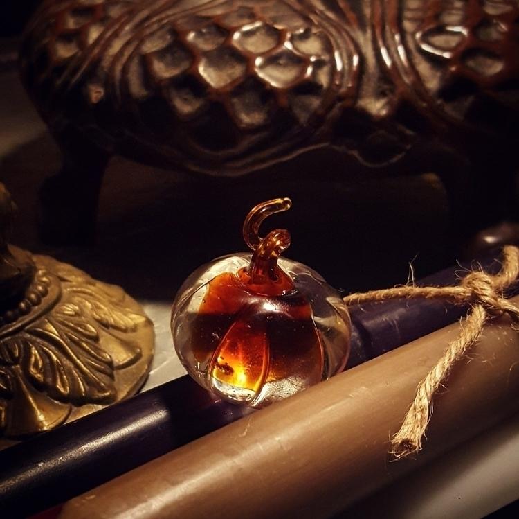 Halloween/Samhain mind~:fallen - grayvervain | ello