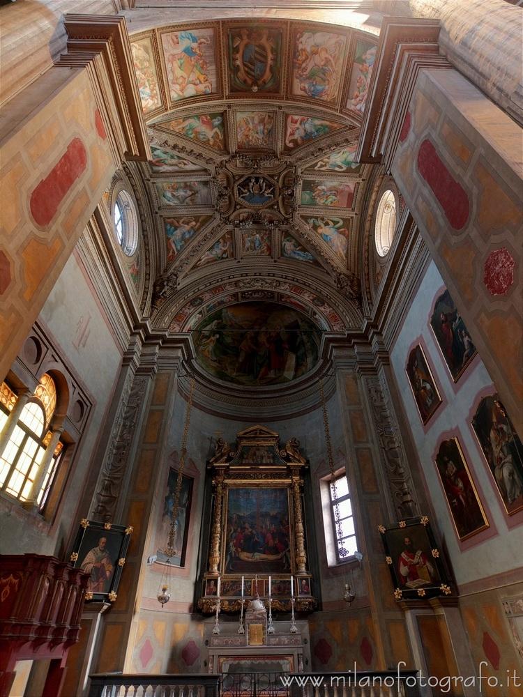 Milan (Italy): Taverna Chapel C - milanofotografo | ello