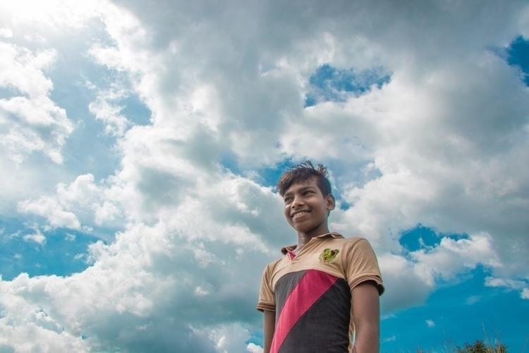 Cloud Play | ••• Sky Walk - sunshine - isukantapal | ello