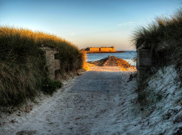 Fort Raz , Alderney - Victorian - neilhoward | ello