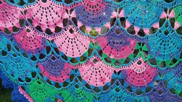 girls .. beautiful shawl free s - carlabreda | ello