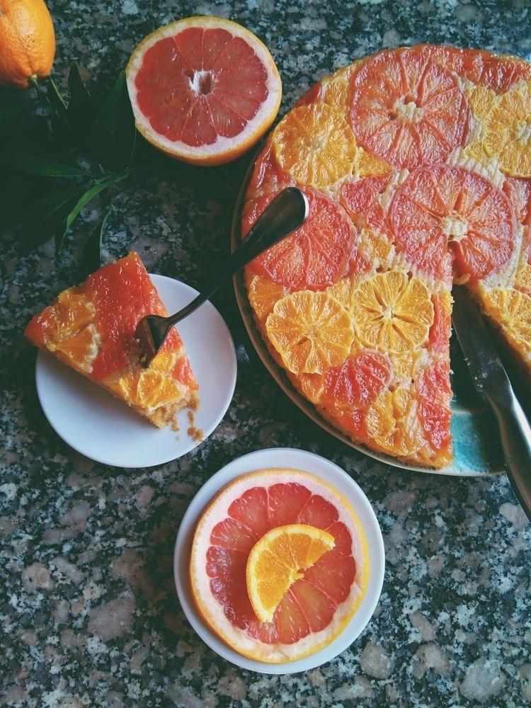 Citrus Upside cake. Recipe - dessert - rockaeramos | ello