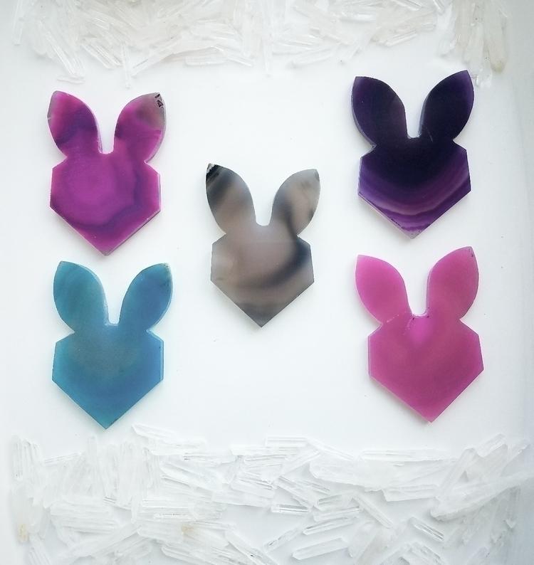 ♡Super adorable Gemmed Rabbit H - catmachinegems | ello