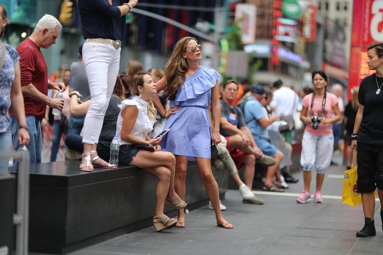 **Times Square People** People  - kevinrubin | ello