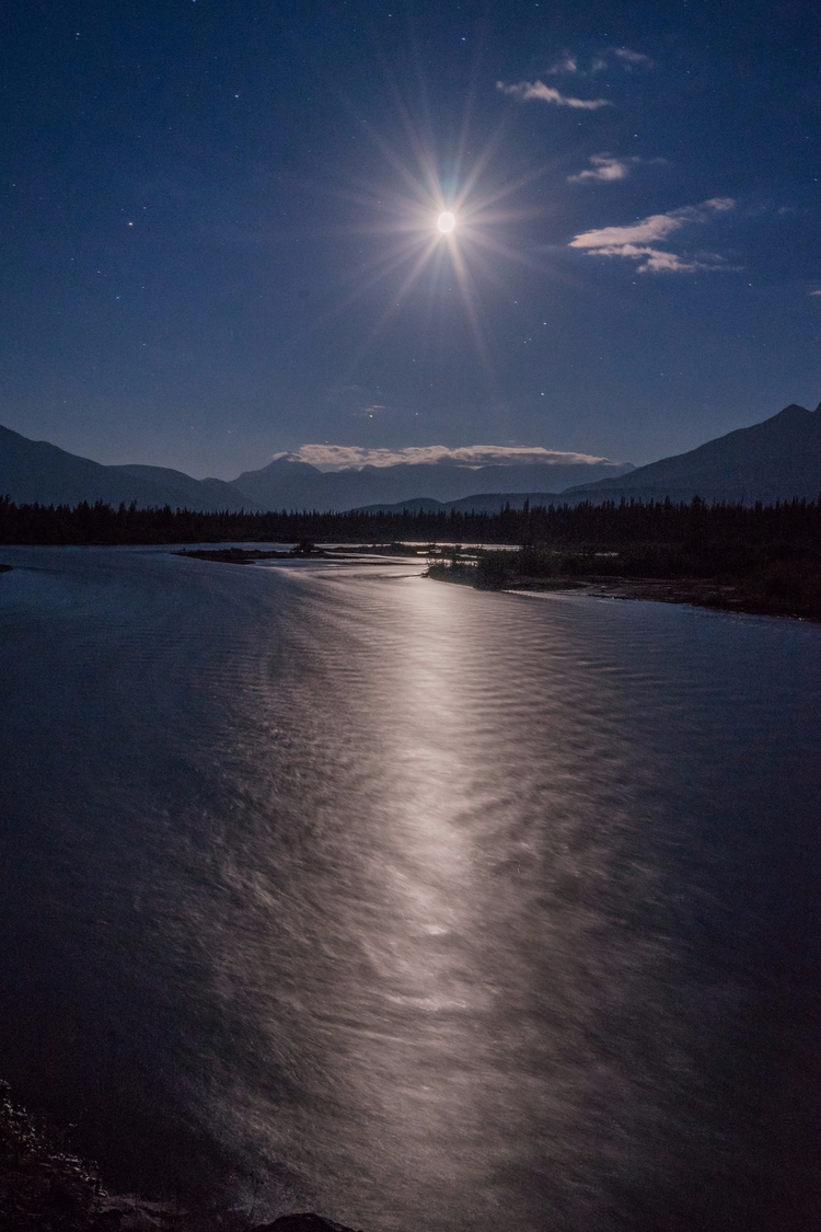 *Moon River* exposure Athabasca - jeffmoreau | ello