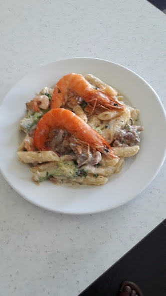 pasta king prawns - darktemptation28   ello